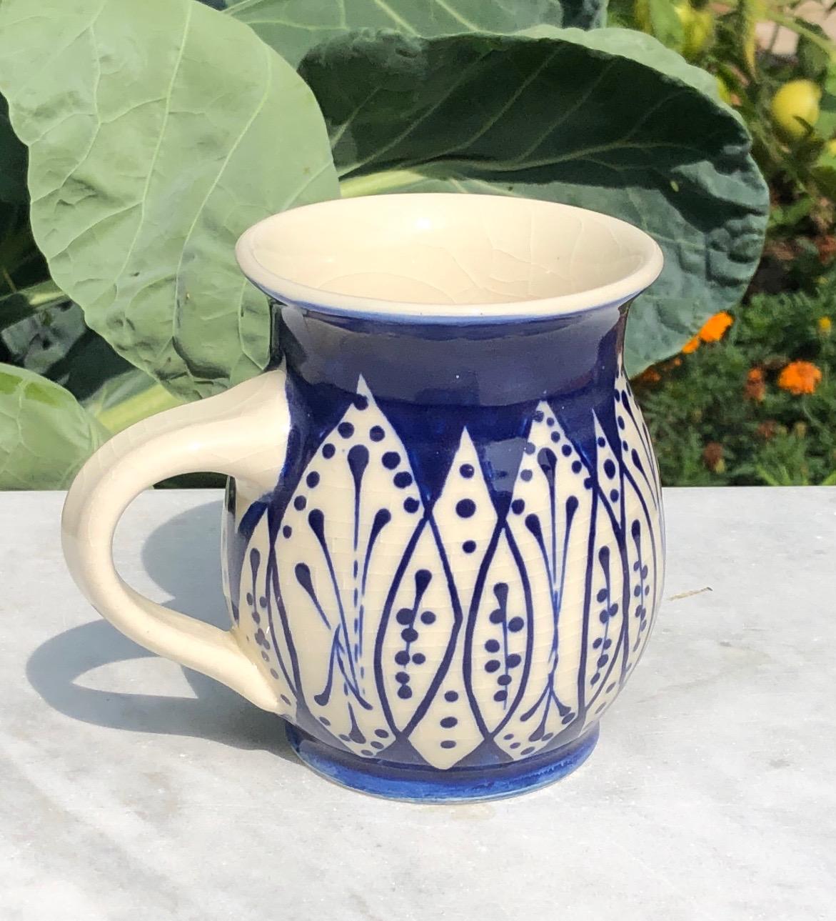 mug blue:white leaves 1a