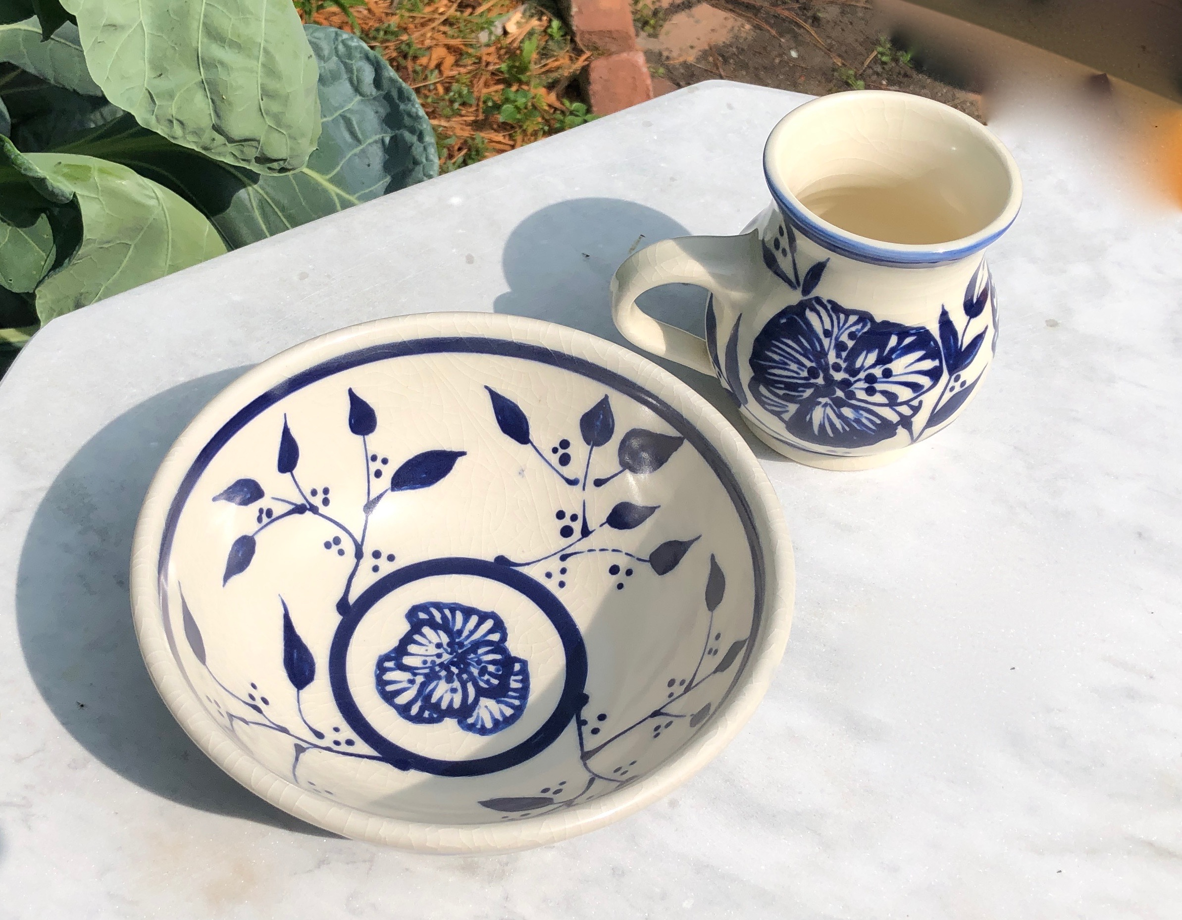 bowl and mug flowers2d