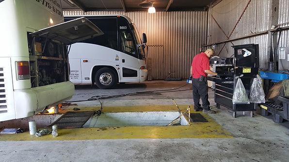 bus-repair7.jpg