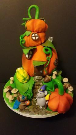 Pumpkin Mouse Halloween House