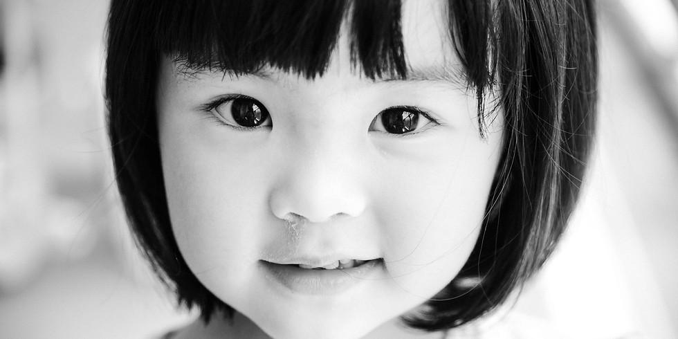 <満員御礼>初写真集「わたしと娘ゆき」出版記念無料トークイベント&サイン会(飯能)
