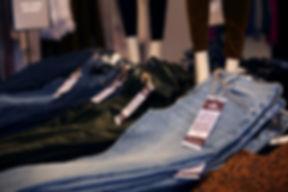 Skinny_JeansPile.jpg