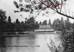 Lake to Boathouse