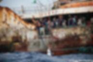 Longline crew gaff tuna - Hong Chin (c)T