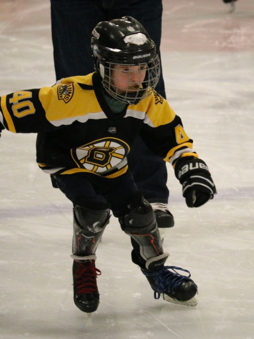GS Bruins boy skate.png