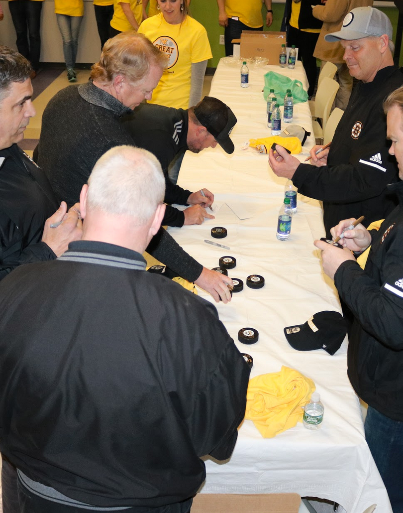 GS Puck signing.png