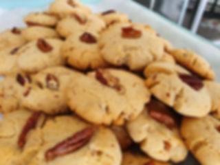 43 | גילת - הלוחשת למתוקים  | גילת חסין | עוגיות מעוצבות | קינוחים אישיים | נשיקות | שוקולדים | עוגיות | עוגת זילוף | קצפת לזילוף | מתכון לקצפת | עוגות זילוף ליום הולדת | עוגות זילוף מעוצבות | סדנת זילוף | זילוף