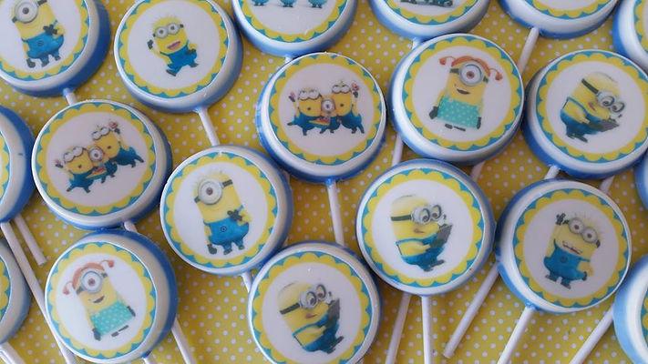סוכריות ועוגיות 3 | סוכריות ועוגיות מעוצבות | נשיקות מרנג | בר מתוקים |  עוגיות מעוצבות | שוקולד על מקל | נשיקות | עוגיות אוראו מעוצבות | מטבעות שוקולד ממותגות | מתנות לאורחים בחתונה