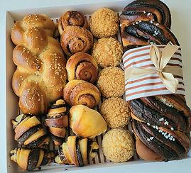 137 | גילת – הלוחשת למתוקים | מארזים מתוקים | עוגת שוקולד | מתכון לקאפקייקס | עוגיות | קאפקייקס שוקולד | מתכון לקאפקייקס שוקולד |  מתכון לעוגת שוקולד | קאפקייקס מתכון | מאפינס שוקולד | קינוח אישי