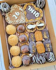 גילת – הלוחשת למתוקים   מארזים מתוקים   מארזי קינוחים   קינוחים אישיים   עוגת שוקולד   מתכון לקאפקייקס   עוגיות   קאפקייקס שוקולד   מתכון לקאפקייקס שוקולד    מתכון לעוגת שוקולד   קאפקייקס מתכון   מאפינס שוקולד   קינוח אישי   34