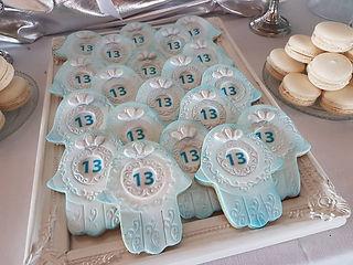 31   גילת - הלוחשת למתוקים    גילת חסין   בר מתוקים לבר מצווה   שולחן מתוק לבר מצווה   עיצוב שולחן יום הולדת   שולחן מתוק ליום הולדת 13   שולחן מתוק לשבת חתן   שולחן מתוק לעולה לתורה