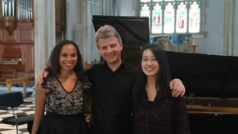 Mark Bebbington with Rebeca and Irene.JP