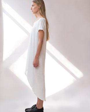 Мода Модель в белом платье