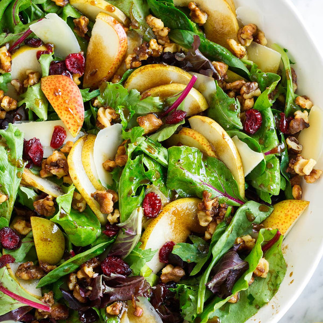 Spinach Salad with Pears and Pecorino