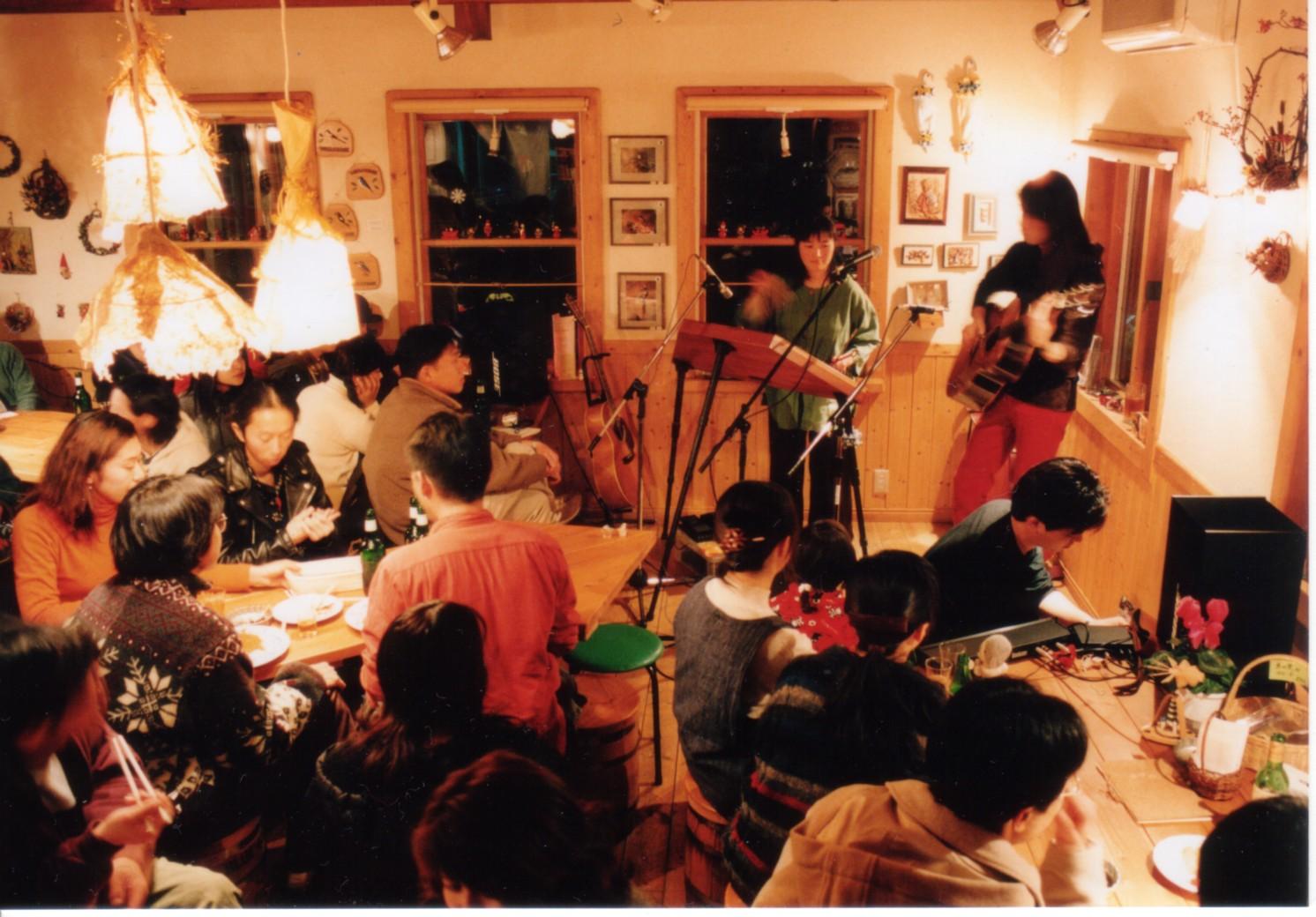 亀工房 vs 押尾コータロー(1999)