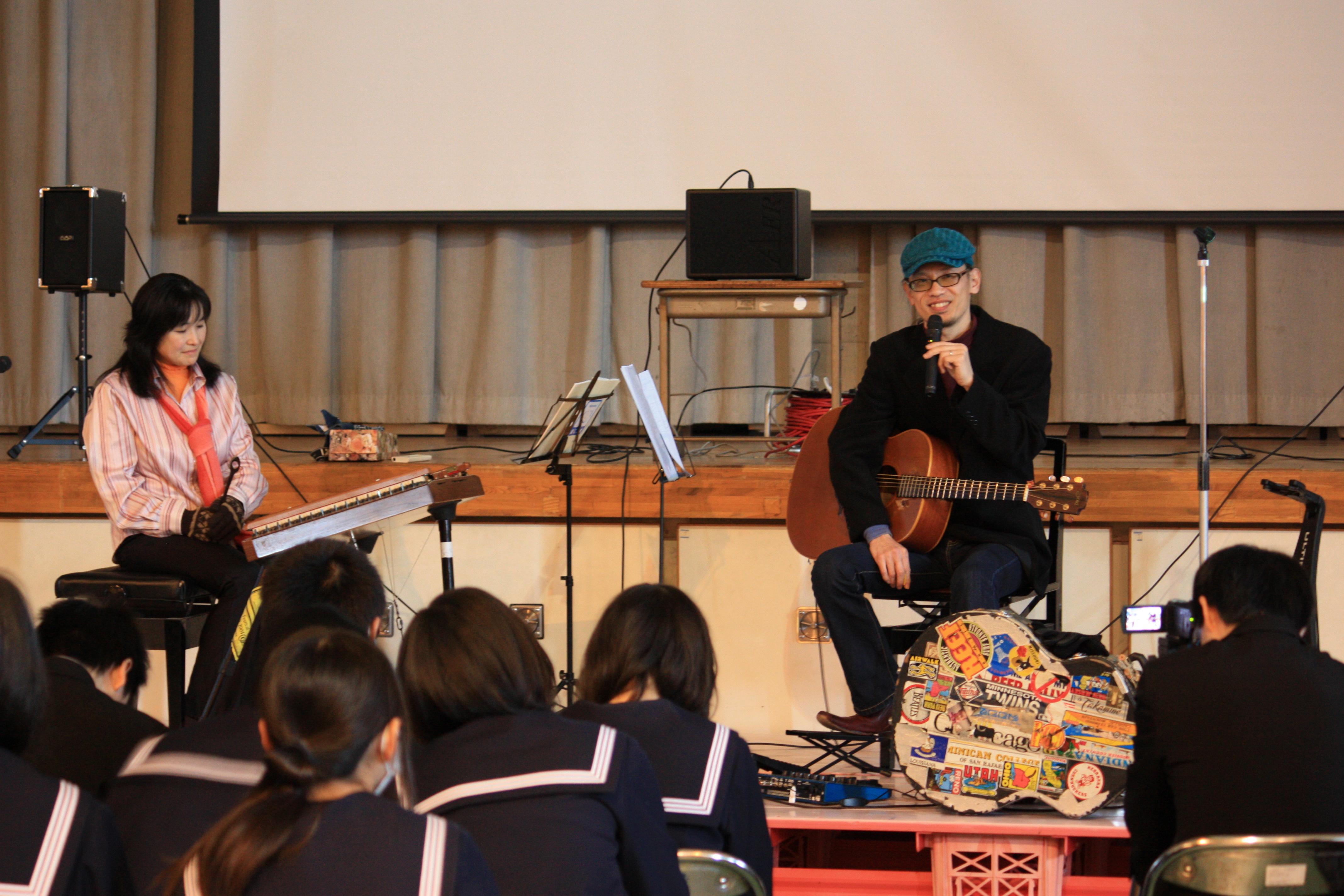 静岡県内 中学校にて(2012)