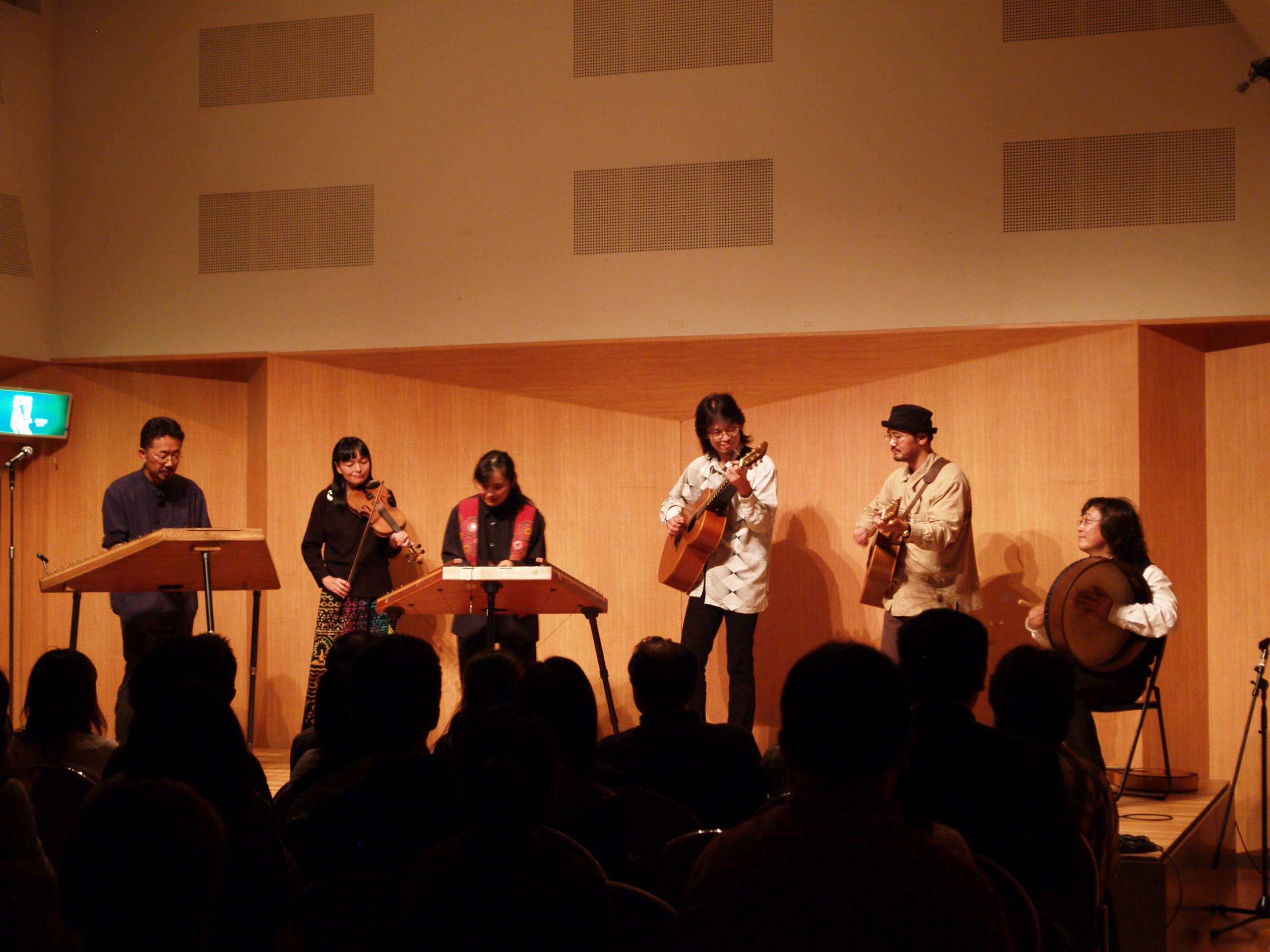 日暮里サニーホール(2005)