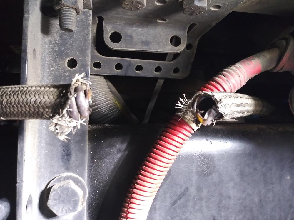 Mobile Truck Repair air hose replacement at truck road service