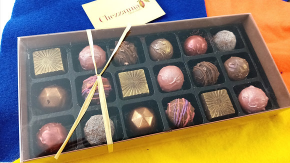 Box of 18 assorted chocolates