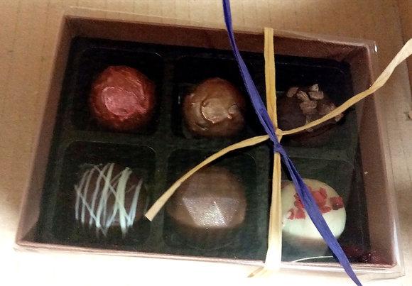 Box of 6 assorted chocolate