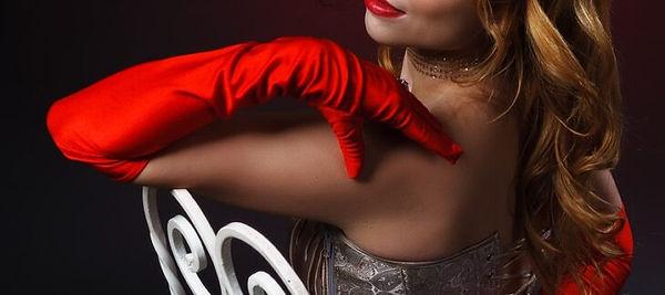 burlesque- vintageclthinginfo.com.jpg