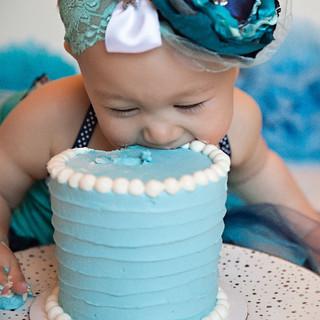 Gwendolyn Cake Smash_0206 copy_edited.jpg