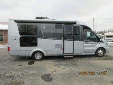 2021 Leisure Travel Van Wonder RL