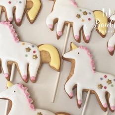 unicorn biscuits.jpg