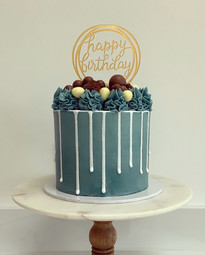 Blue celebration drip cake