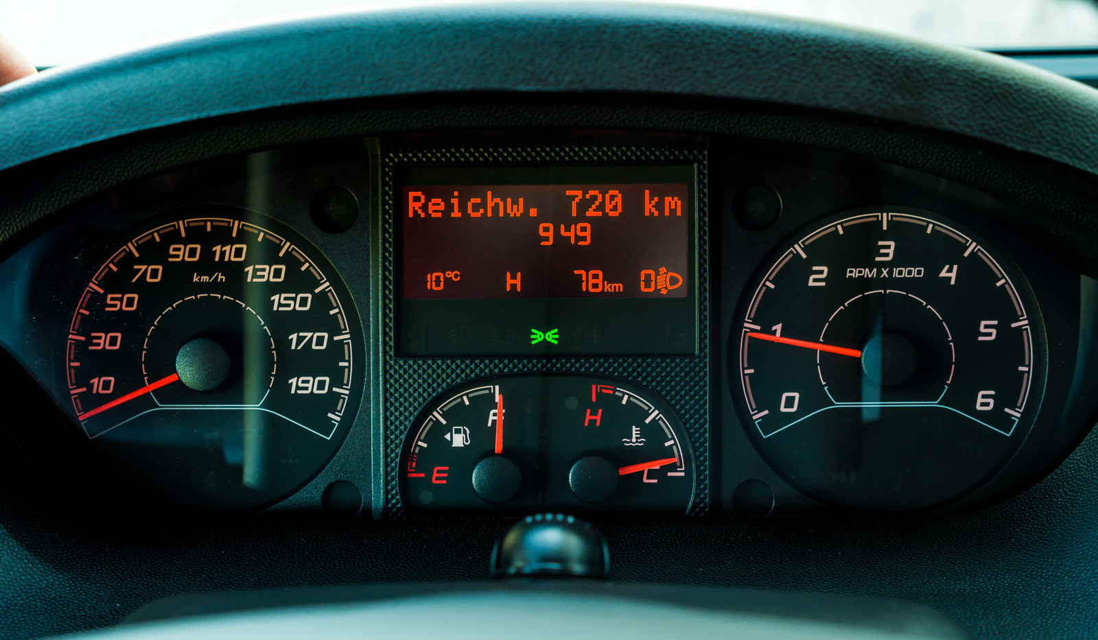 Pössl_Road_Cruiser_(14_von_46).jpg