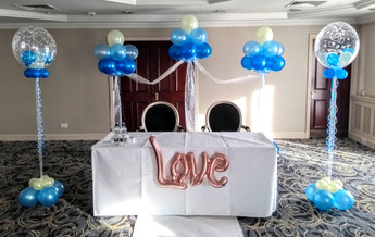 Fab Wedding Balloon Arrangements!