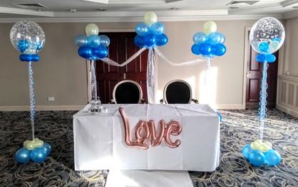 Fab Wedding Balloon Arrangements!