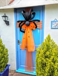 Massive Spider Door Bow!