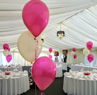Prettiest pink and white wedding balloons.