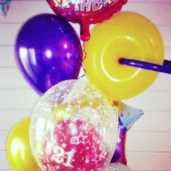 Gorgeous and fun giant balloon cluster.