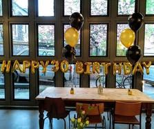 'HAPPY 30 BIRTHDAY' foil banner!