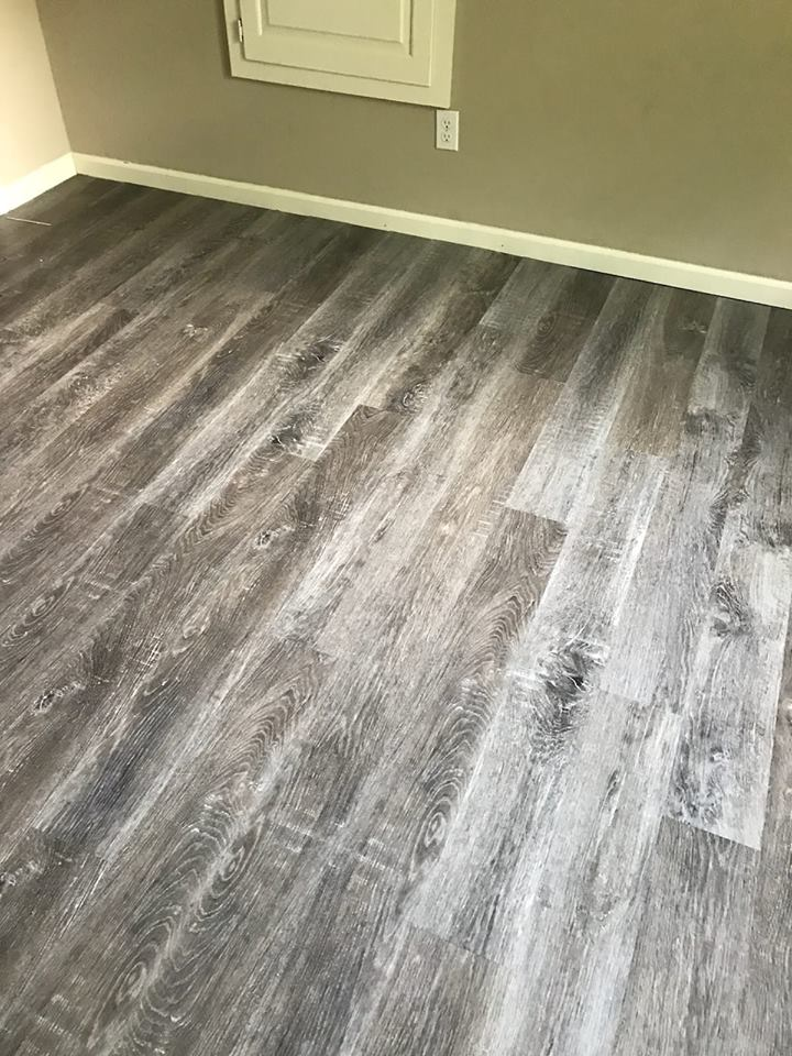 Vinyl by Complete Floorcovering