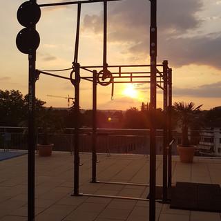 Training bei Sonnenuntergang.jpg
