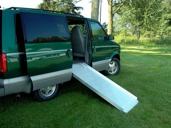 AlumiLite Solid Curb Ramp 1.jpg