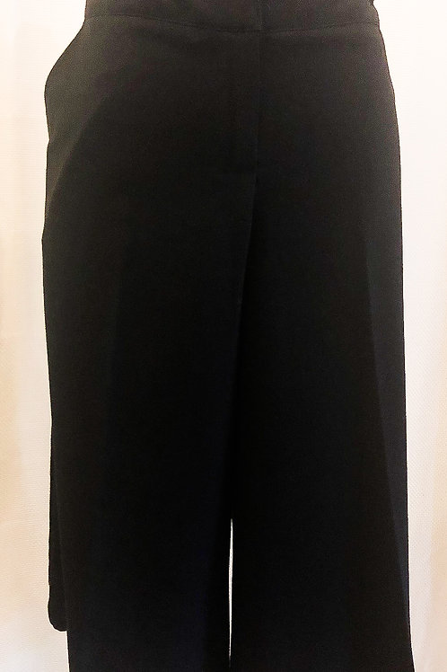 Vintage Black New Directions Capri Pants