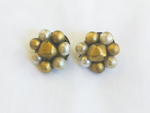 Vintage Gold Cluster Clip-On Earrings