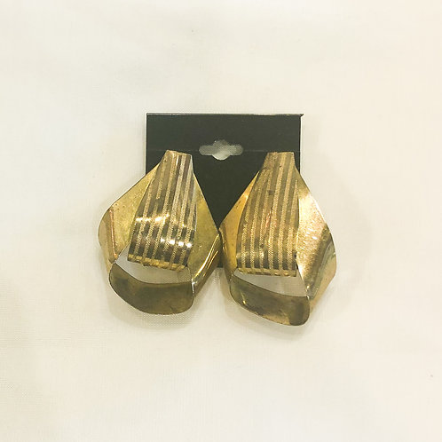 Vintage Gold Loop Teardrop Earrings
