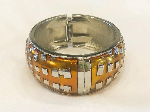 Vintage Amber Patterned Bracelet