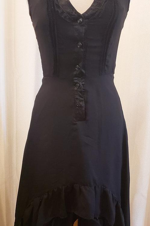 Vintage-Inspired Black Floor-length Dress