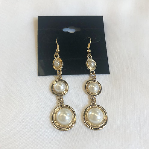 Vintage Gold and Pearl Dangle Earrings