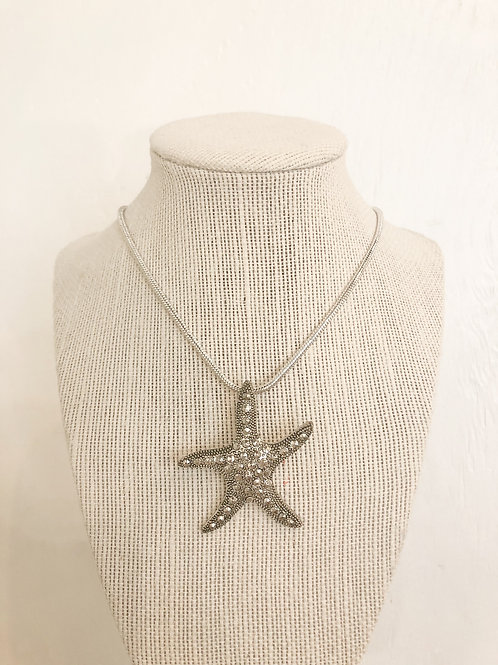 Vintage Starfish Pendant Necklace