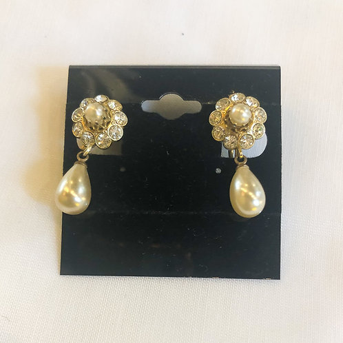 Vintage Floral and Pearl Screw-back Earrings