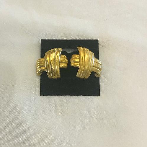 Vintage Gold Textured Earrings
