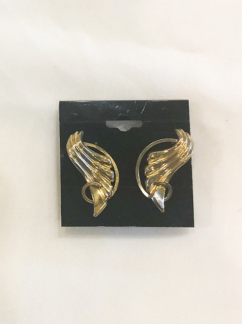 Vintage Gold Wing Screw-back Earrings
