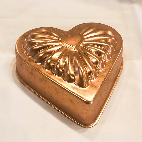 Vintage Heart-Shaped Copper Cake Pan